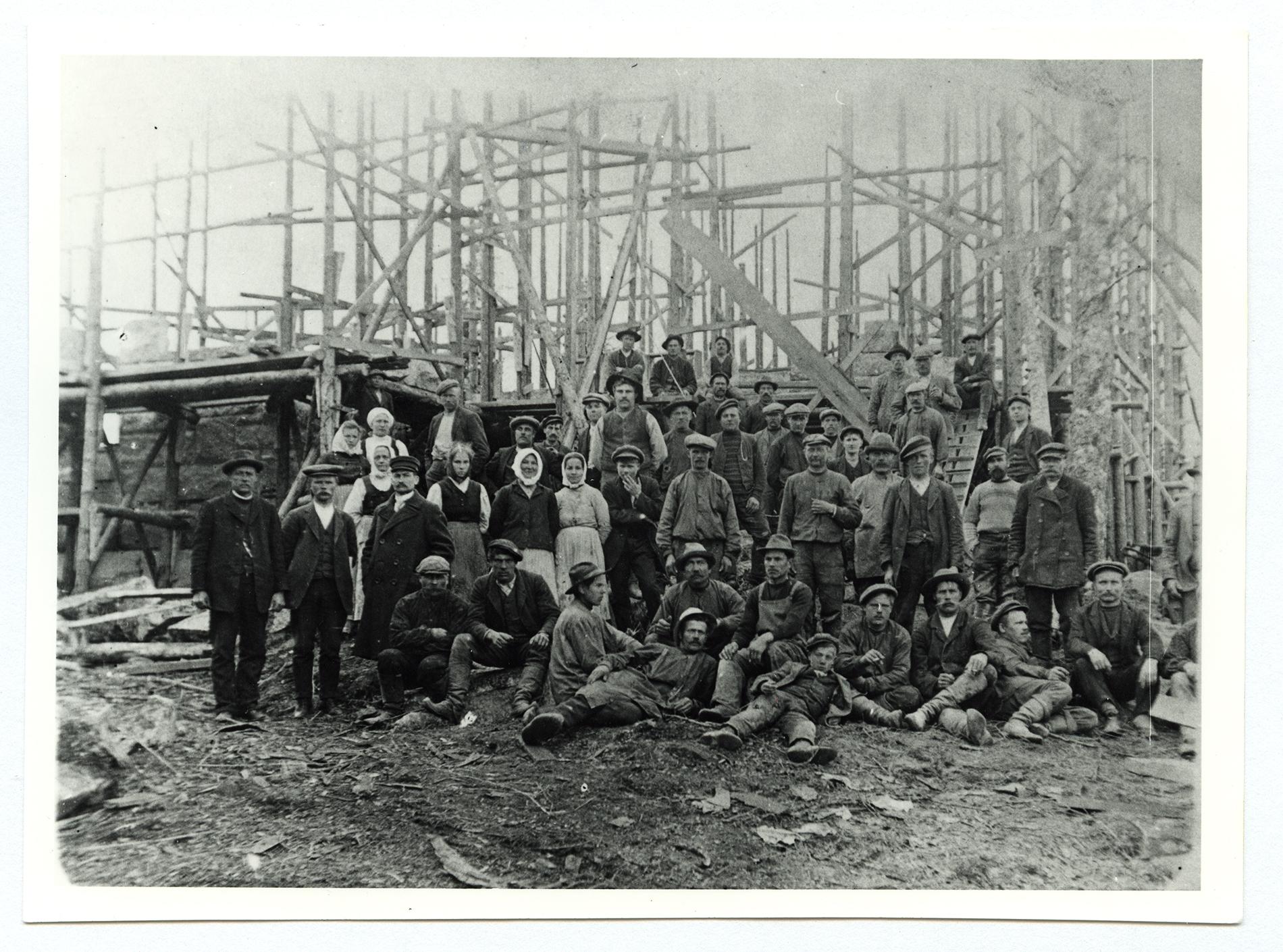 Karkun kirkon rakennustyöt 1912-1913. Kuvaaja tuntematon. SKS KRA KKA.