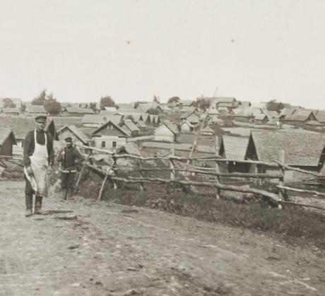 SKS:n arkisto: E171 / Ingrica III, Samuli Paulaharjun valokuvia ja piirroksia Inkeristä v. 1911.